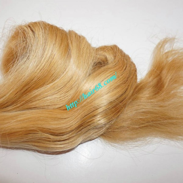 22 Inch Blonde Wavy Remy Hair Extensions