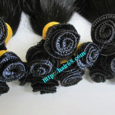 32-inch-Hand-Tied-Remy-Hair-Wefts–Wavy-Single-m-1